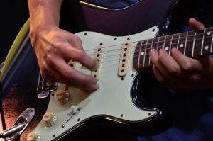 プロのギタリストを目指す茨城県古河市鴻巣のスバルギター教室