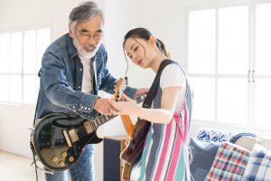 親子や友達同士でツインギターで習える茨城県古河市鴻巣のスバルギター教室